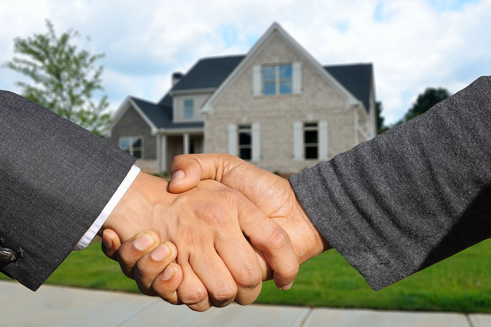 Benefits of Selling Your House to a Home Buying Company